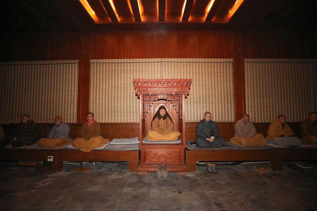 普陀山法雨禅寺举行庚子年冬季禅七法会