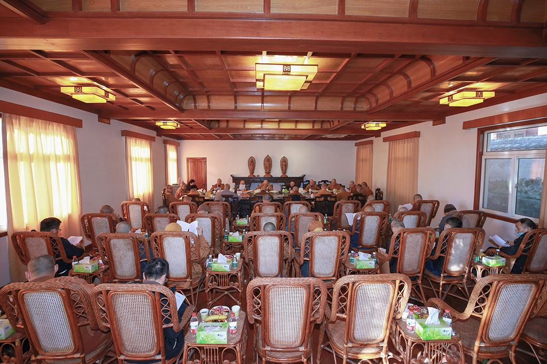 普陀山佛教协会2020年年终总结大会进行分组讨论