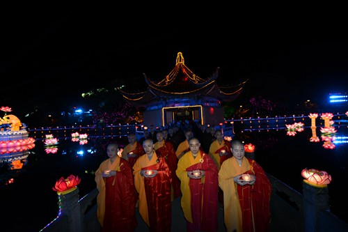 第十二届普陀山南海观音文化节在普济禅寺隆重举行