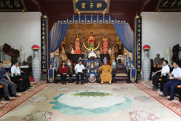 重庆市大足区委统战部考察团一行参访普陀山